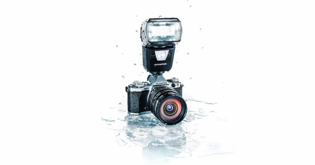 Olympus Announce the FL-900R Flash